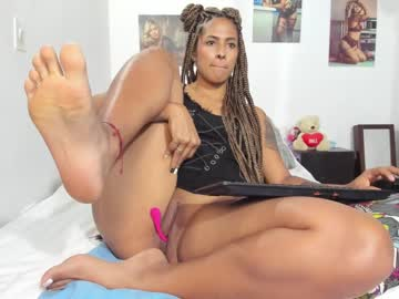 [02-07-21] blondie_berry webcam private XXX show from Chaturbate.com