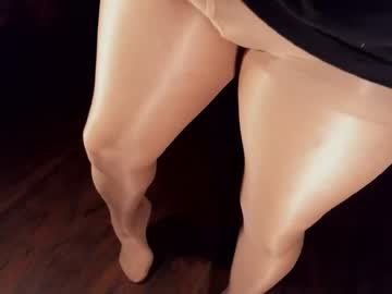 [05-02-20] whoathatsme record public webcam video from Chaturbate