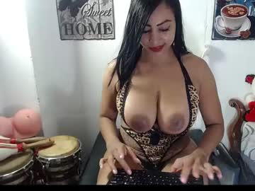 [05-07-21] alexaqueenn webcam record video from Chaturbate