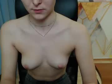 [25-02-20] karmencole webcam record show with cum