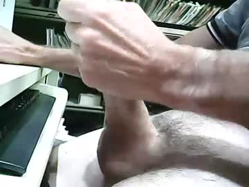 [18-08-21] 01quebecboy69 record public show from Chaturbate