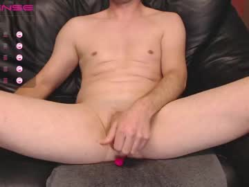 [19-01-21] bencrow public webcam video from Chaturbate