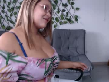 [20-09-20] karina__hot record public webcam video from Chaturbate