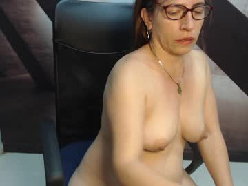 [25-11-20] mature_hott1 record video with dildo