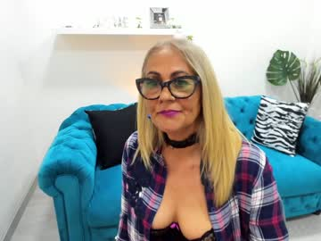 miss_holly chaturbate