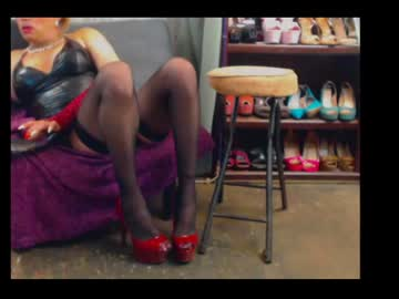 [28-08-20] legs4days99 public show video from Chaturbate