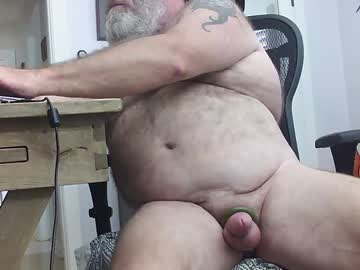 [31-08-20] audiobear record show with toys from Chaturbate