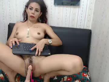 [22-02-20] luxyanderson record blowjob video