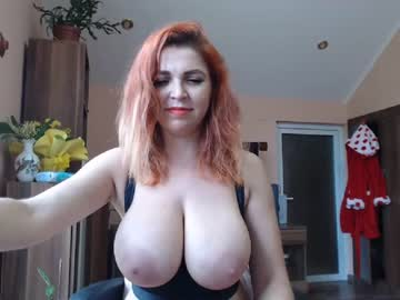 betweenmyboobs chaturbate
