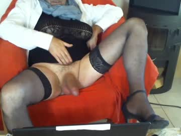 [05-01-20] buzzi2 webcam record video with toys from Chaturbate