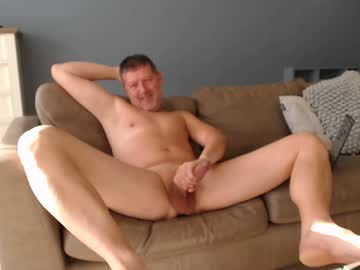 shaved_toy_boy chaturbate