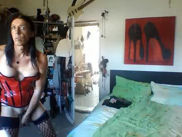 [27-05-20] transslavechic public webcam