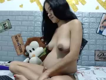 molly_girl15 chaturbate