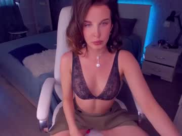 [10-06-21] molly_berr webcam record video with toys