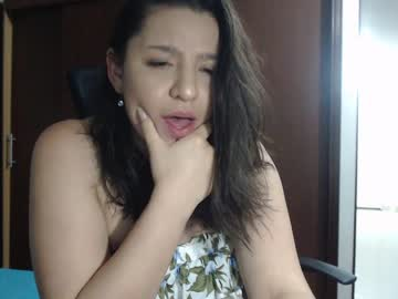 [01-09-20] cherryboomxxx public show video from Chaturbate