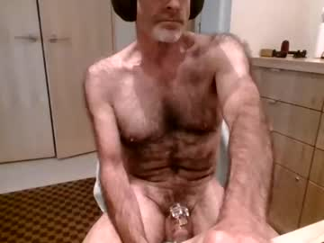 [09-09-21] furrydawg webcam public show video from Chaturbate