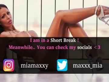 [29-05-21] miamaxxx record blowjob video