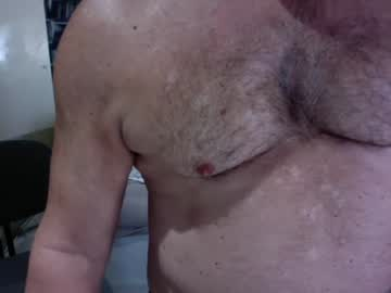 [04-12-20] builtbeefy1 premium show video from Chaturbate