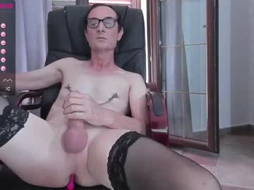 [10-09-21] xslave1x cam show from Chaturbate