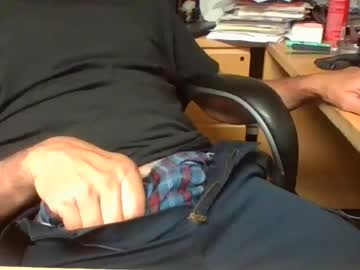 [01-09-21] bighandsjohnson webcam public show video from Chaturbate.com