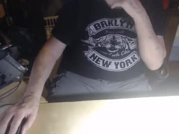 [23-01-21] funtimegent public show from Chaturbate