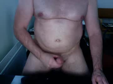 [06-07-20] alexbr66 webcam video with toys