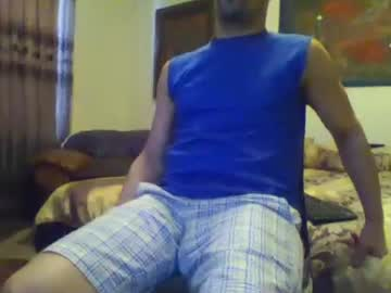 [05-03-20] domsxyqte record blowjob video
