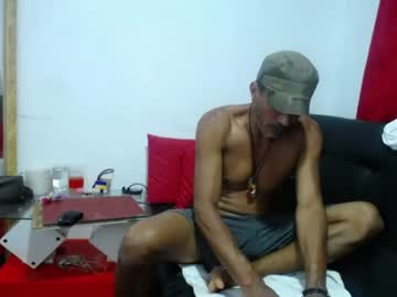 [10-01-21] luiferc webcam record show from Chaturbate